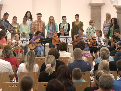 VIDEO: Prázdninová kytarová škola vyvrcholila koncertem