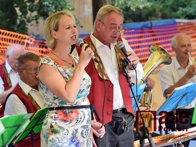 Obrazem: Oslava 170 let dechové hudby v Jilemnici