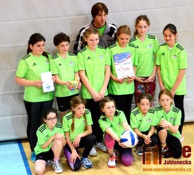 V krajském finále ve vybíjené bojovala i družstva z Jilemnice a Lomnice