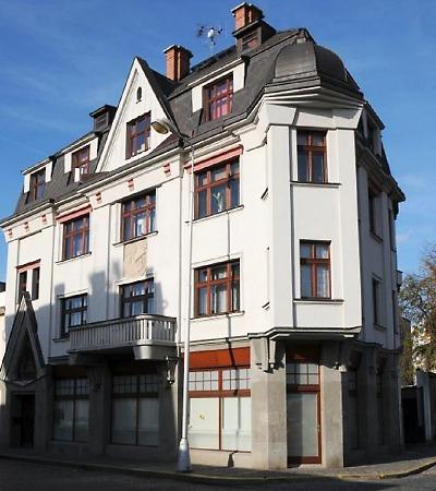 Ducháčkův dům v Turnově je zdařilým příkladem kubistického zenitu