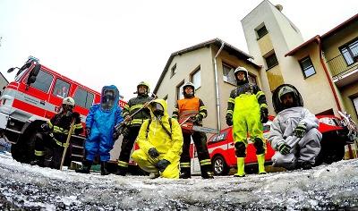 Lomničtí hasiči mají Rusalku a Popelku
