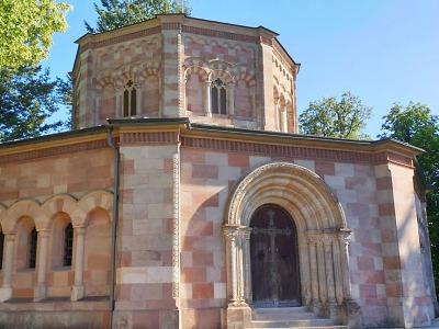Méně známá místa kraje: Harrachovská hrobka v Horní Branné