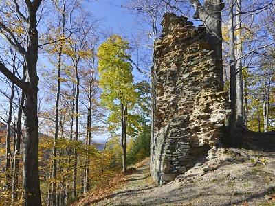 Hrad Roimund u Jítravy získal jméno po králi Karlu IV.