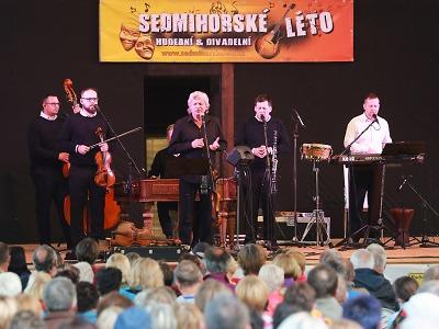 FOTO: Koncert Hradišťanu zahájil Sedmihorské léto 2020