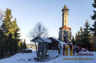 Obrazem: Novoroční výstup na Štěpánku a Maják Járy Cimrmana