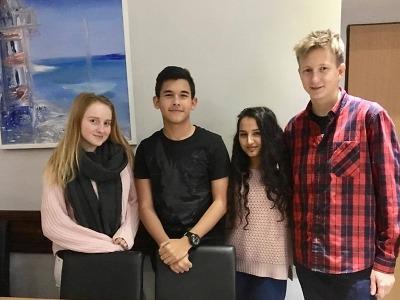Studenti semilského gymnázia mají nového zahraničního spolužáka