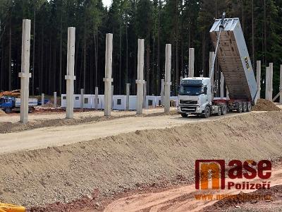 Obrazem: Jak pokračuje stavba areálu Hraběnka v Jilemnici