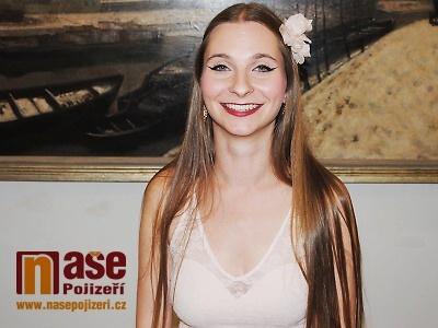 Zpěvačka Barbora Mochowa vydává nový singl z druhého alba