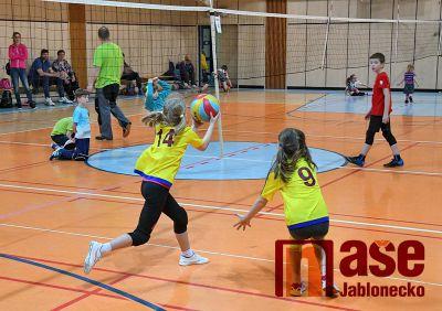 Třetí minivolejbalový turnaj pořádali v Lomnici nad Popelkou