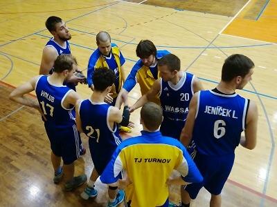 Basketbalisté Turnova si dovezli zHradce Králové důležitou výhru