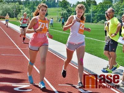Obrazem: Běh olympijského dne ve Vrchlabí 2016