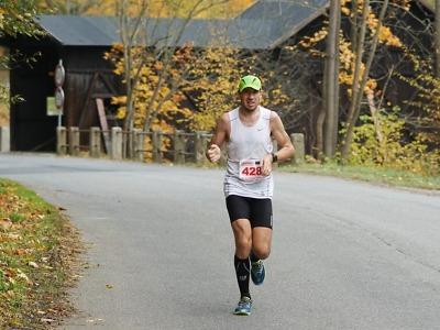 FOTO: Jubilejní třicátý Benešovský maraton vyhrál Tomáš Šťastný