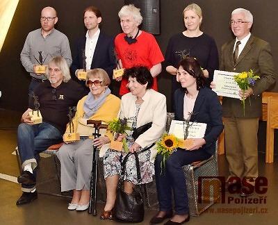 FOTO: Cenu ředitele Správy KRNAP za rok 2019 získalo devět oceněných