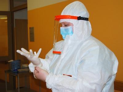 Semilská nemocnice přeměnila dvě oddělení na covidové jednotky