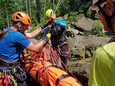 Do horské služby má nakročeno dalších 18 členů a 6 cvičitelů