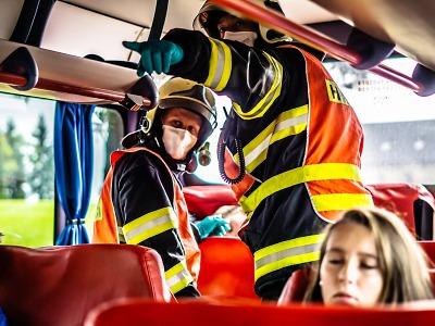 Hasiči na Semilsku absolvovali cvičení zásahu u nehody se zraněnými
