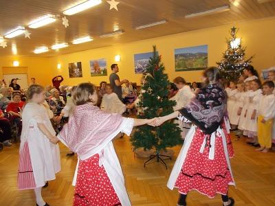 Obyvatele Domova důchodců v Rokytnici potěšil adventní program
