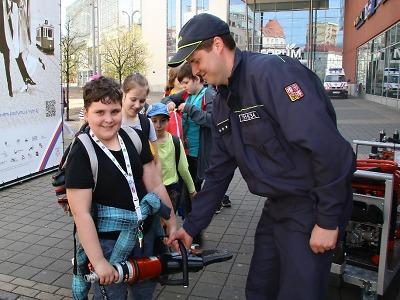 Den IZS v Liberci obohatili také hasiči