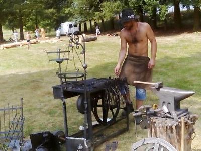 Den řemesel zakončí prázdniny na koupališti v Mříčné