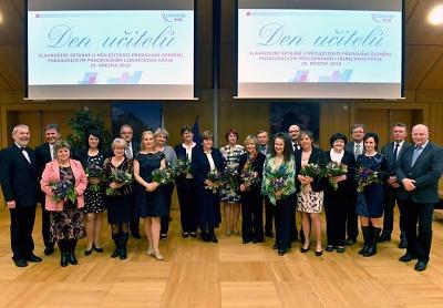 Na Den učitelů si odneslo jednadvacet pedagogů ocenění za svoji práci