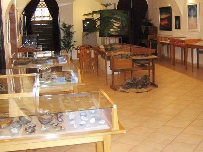 V lomnickém muzeu můžete obdivovat drahé kameny a minerály