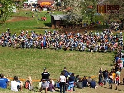 FOTO: Do Chuchelny se sjelo rekordních 329 jezdců