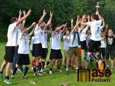 FOTO: Na oslavu postupu Libštát nastřílel Bělé sedm gólů