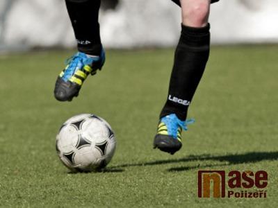 Lomničtí fotbalisté pokračují v domácím zimním turnaji bez porážky