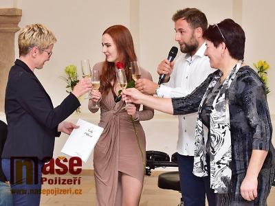 FOTO: Gabriela Jakoubková představila v Jilemnici svou čtvrtou knihu