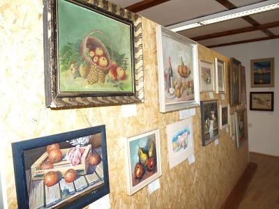 Umění mezi poli aneb ve Všeni vyrostla Galerie Český ráj