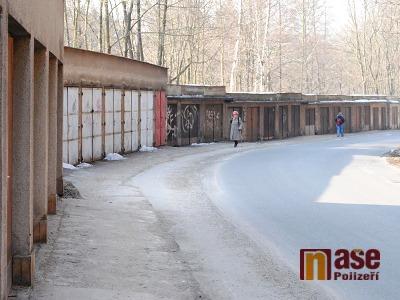Semily začnou odstraňovat garáže v Bitouchovské ulici
