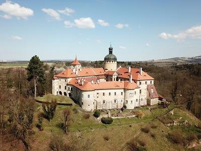 Letos stoupl zájem o hrady Grabštejn a Trosky či zámek Hrubý Rohozec