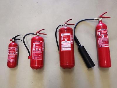 Jak správně používat přenosné hasicí přístroje