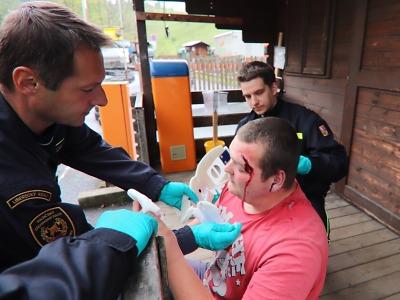 Výcvik zdravotní péče hasičů při krizových situacích probíhal v Rokytnici