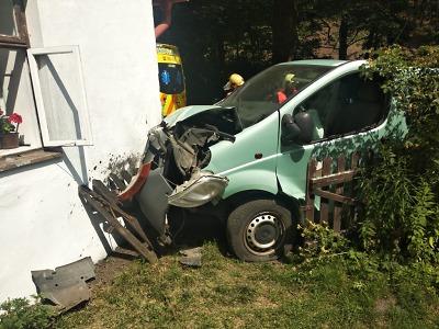 Hasiči zasahovali u nehod v Liberci, Harrachově, Nové Vsi i Jablonci