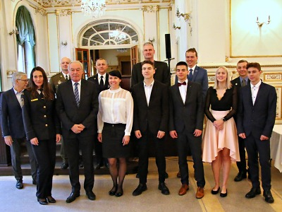 Ředitel HZS Libereckého kraje popřál oceněným mladým hrdinům