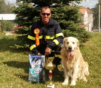 Turnovský kynolog Pavel Málek skončil druhý v závodě záchranných psů