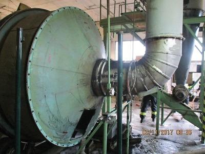 U požáru stroje na dřevěné brikety v Soběslavicích hasiči zasáhli včas