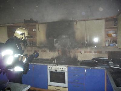 Hořelo ve školní kuchyňce turnovské ZŠ 28. října, evakuovali 290 dětí