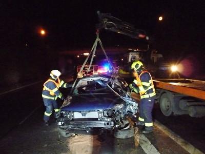 Tragická nehoda uzavřela v noci silnici I/35 u Turnova