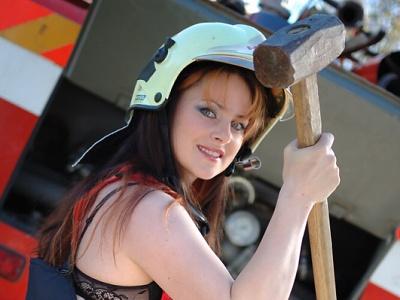 Kalendáře hasiček z Poniklé se prodaly všechny
