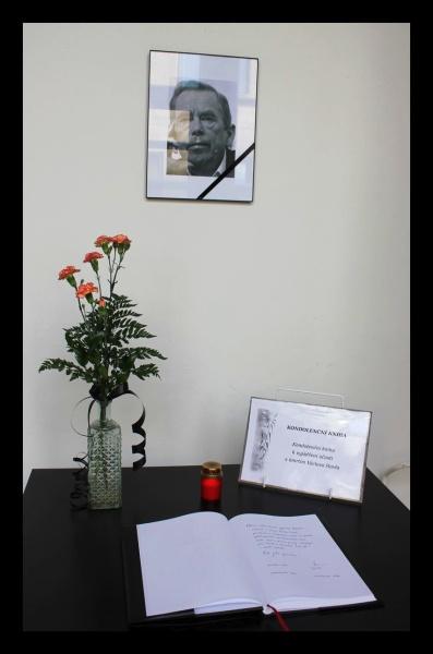 I lidé v Pojizeří vyjadřují soustrast s úmrtím Václava Havla