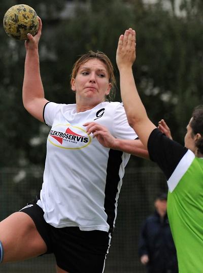 Házenkářky Turnova senzačně postoupily do osmifinále poháru