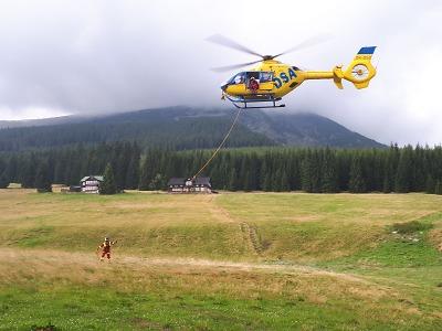 Horská služba zachraňovala turisty z Modrého dolu