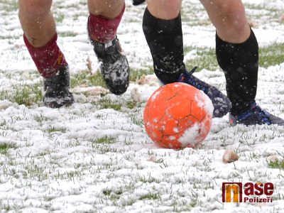 V okresních fotbalových soutěžích se odehrálo jen torzo zápasů