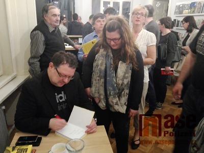 Beseda s Jaroslavem Kmentou vzbudila v Semilech velký zájem