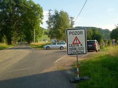 K Obřímu sudu na Javorníku opravuje kraj silnici, je zde úplná uzavírka