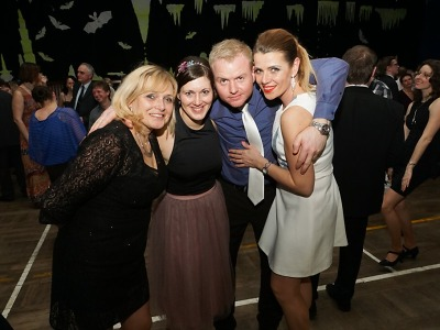 Obrazem: Jeskyňářský ples v Bozkově 2017