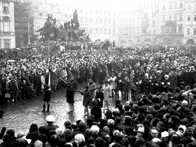 Jak zachytil Jaroslav Švásta před 50 lety pohřeb Jana Palacha