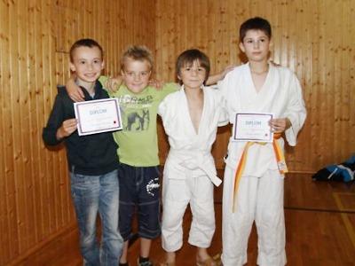 Mladí judisté Turnova drží vedení v kataně i po domácím turnaji